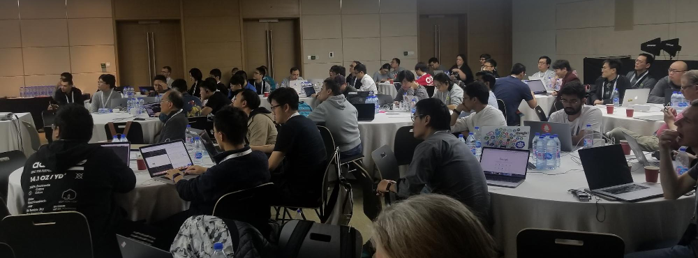 Kubecon Shanghai New Contributor Summit attendees.  Photo by Jerry Zhang